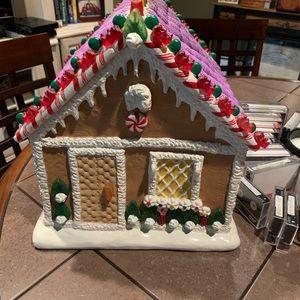 Other - Gingerbread house porcelain